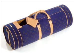 Sportsbag coffin from Crazy Coffins