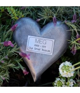 Pet memorial heart